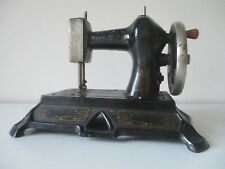 Antique cast iron Muller No. 19 Toy sewing machine