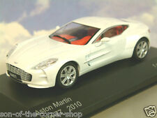 WHITEBOX modelos de metal 1/43 2010 ASTON MARTIN one-77 en nacarado blanco wb159