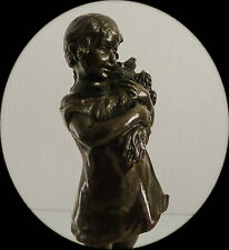 Charmante sculpture en bronze et socle en marbre, signée S. Bizard 1873/1963.