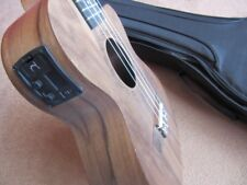 PERFECT TENOR ELECTRO ACOUSTIC UKULELE, BUILT IN TUNER, NEW GIG BAG RETAIL £200