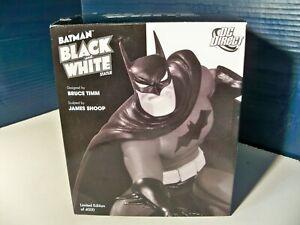 Batman Black and White Statue Bruce Timm Batman 1155 of 4000 1st edition