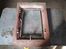 ancienne lucarne de toit en fonte renovation deco loft atelier industriel