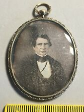 Daguerreotype Photo FINE GENTLEMAN in GOLD FILLED VICTORIAN LOCKET Lock of Hair