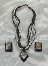 HANDMADE MOTHER OF PEARL SEED BEAD SHELL PENDANT NECKLACE & PIERCED EARRINGS SET