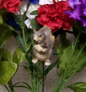 """Garden Decor Flower Pot Plant Pick Stake Squirrell NEW 15"""" tall"""