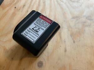 DKN ECO RUN TREADMILL END CAP RHS - BLACK