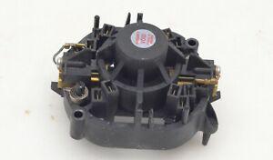 Bosch Handkreissäge GKS 68 BC Ersatzteile Kohlebürstenhalter komplett