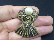 Vintage ANGEL w Faux Pearl Head BROOCH PIN Pressed Gold Tone Costume Jewelry