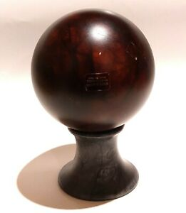 """GENUINE ALABASTER hand carved made in Italy - 4"""" approx ball on stand - (1)"""