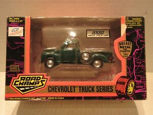 Road Champs 1/43 Scale 1953 Pickup 3100 Chevrolet Truck Series Green Diecast Car