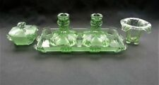 Green Art Deco Date-Lined Glass (c.1910-c.1939)