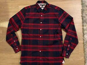 New Men's Tommy Hilfiger button down shirt size medium