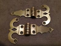 "PAIR OF ANTIQUE VINTAGE ORNATE 6"" SOLID BRASS STRAP HINGES"
