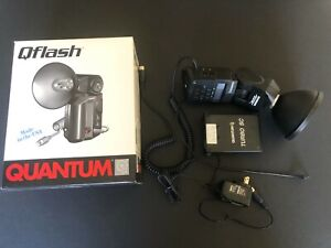 Quantum Qflash T5d-R portable flash with Turbo SC battery and charger  *AWESOME*