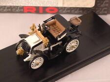 RIO 4276  -  Fiat 8 CV blanche - 1901 1/43