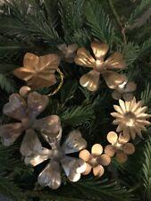 Addobbo albero di Natale ghirlanda con fiori in metallo