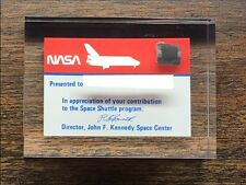 STS -1 SPACE SHUTTLE COLUMBIA FLOWN PIECE OF MISSION TILE IN LUCITE NASA LOW #