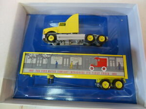 VINTAGE COLLECTIBLE Winross Story of Ford Trucks #1 1905 Model E Delivery Truck