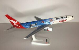 Qantas Disney Planes Qantas 767-300 Disney Planes