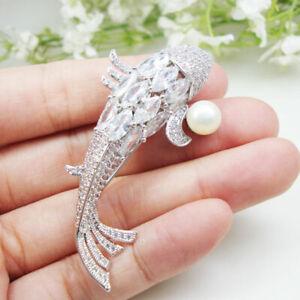 Zircon Crystal Luxurious Carp Fish Pearl Pendant Woman Brooch Pin Animal Gifts