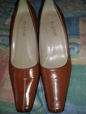 Max De Carlo Women's Brown Leather Heel Pumps, Size 9 B Italy