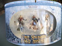 """LORD OF THE RINGS  LE SEIGNEUR DES ANNEAUX"""" COFFRET 3 FIGURINES  MINT IN BOX"""