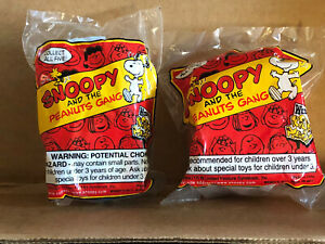 Wendy's Kids Meal Snoopy & The Peanuts Gang Toys, 2 Toys, NIP