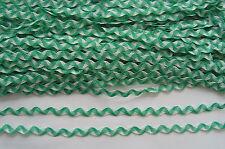13 METER ZACKENLITZE Borte Weiß und Grün  Spitze  5 mm  RR 0037