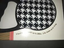 Avant Garde BLACK & WHITE Retractable Dog Leash Small  9' up to  28 lbs