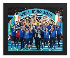 Italy FRAMED Euro 2020 / 21 Soccer Football Championship Team Celebration 8X10