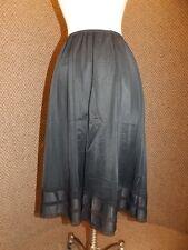 Vtg JC Penney Jet Black Nylon Tiered Lace Circle Shape Below Knee Half Slip Sz M
