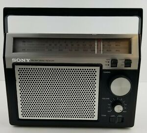 Vintage 1970s Sony AM/FM Portable Radio Model TFM-7720W Clean And Tested Black