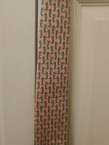 New Men Vineyard Vines Pink Green SeaHorse Neck tie Silk USA