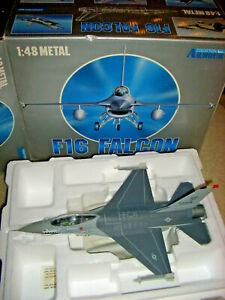 Armour Collection 98019 F-16 Falcon USAF 52nd TFW Wild Weasel Gen. Glenn Profit