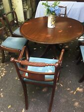 Vintage round Dining Table With Six Chairs, Including 2 Carvers.