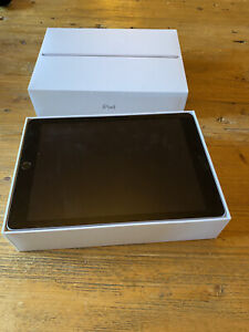 iPad 6th Generation 128GB WiFi only in mint condition