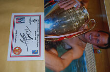 TEDDY S   SHERINGHAM MAN UND EURO CUP 1999 10X8 PHOTO WITH  SIGNED WHITE CARD 4