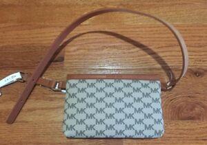 Michael Kors MK Waist Belt Pouch Bag Wallet Size M New MSRP $68