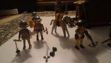 Playmobil Soldats / tour d`assaut mobile Réf 3887-A   Disponible 1997