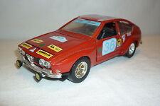 Bburago-metal modelo-Alfa Romeo Alfetta-GT corsa - 1:24