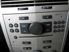 HOLDEN ASTRA RADIO /CD PLAYER FACTORY, AH,9 BUTTON ON RIGHT HAND SIDE,09