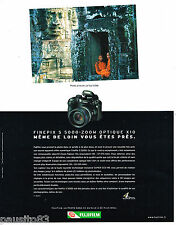 PUBLICITE ADVERTISING 065  2004  FUJIFILM appareil photo FINEPIX S 5000 ZOOM X10