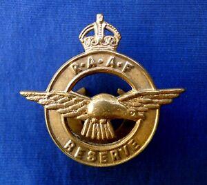 WW2 RAAF ROYAL AUSTRALIAN AIR FORCE RESERVE GILT BRASS LAPEL BADGE NUMBER 3029.