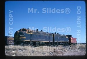 Original Slide ATSF Santa Fe F7A 275 & & F7A 235C W/Caboose Presidio TX 1975