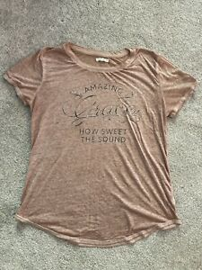 Women's T-shirt Maurices size M lightly used