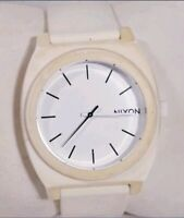 Men Nixon Watch Minimal The Time Teller White Black Accent 100m Polycarbonate