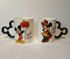 New Minnie And Mickey Mouse Halloween Trick or Treat Mugs Set