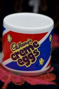 Vintage Cadbury Creme Egg Collectable Eggcup. Pottery. Made in England