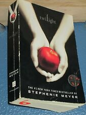 Twilight by Stephenie Meyer Paranormal Romance paperback 0316015849
