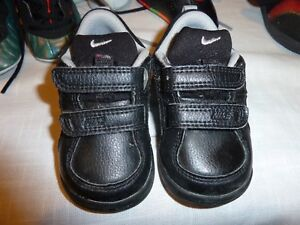 Nike-Pico 4 (TDV) for kids Black S:3.5C great cond.